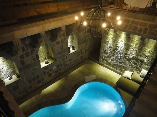 Argos in Cappadocia: The lower level of our room including heated pool