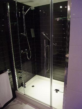 Badezimmer Grosse Dusche Picture Of Holiday Inn Express Tamworth