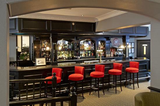 Berry Bar & Lounge : Back Bar