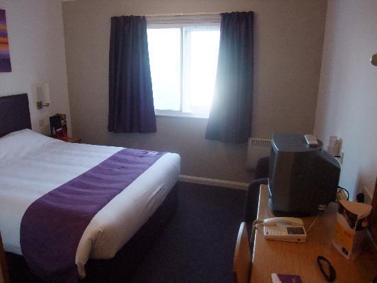 Premier Inn Chessington Hotel: Das erste Hotelzimmer