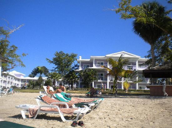 ريو نيجريل أول إنكلوسف: Beach bar & resort