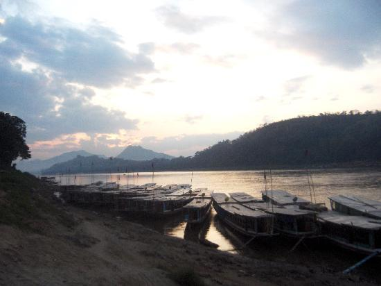 Luang Prabang, Laos: Sunset on the Mekong