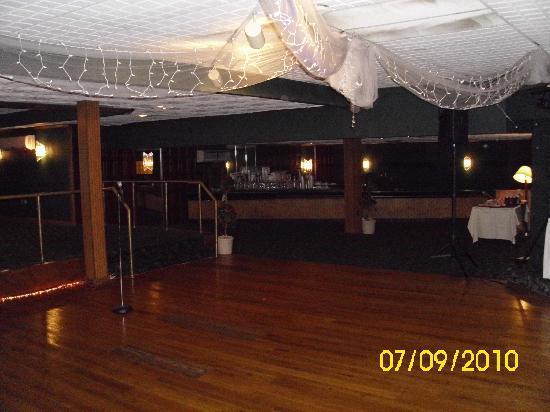 Days Inn New Stanton PA: nice dance floor