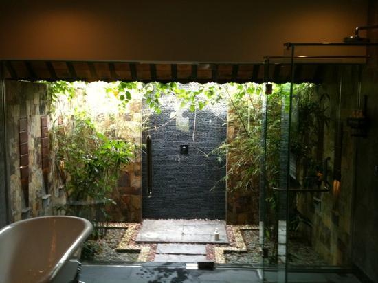 โรงแรมอนา มันดารา เว้: bathroom