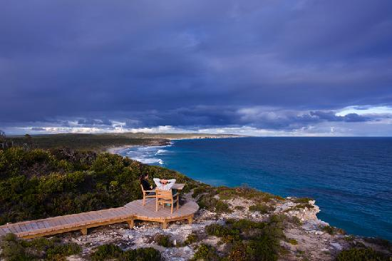 Southern Ocean Lodge: Nature Boardwalk