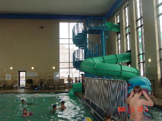 Holiday Inn Express & Suites Great Falls : Waterslide