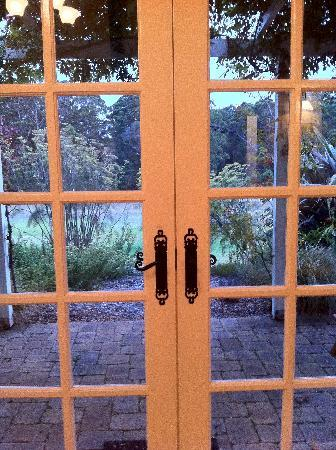 Big Brook Cottages: Views out the door
