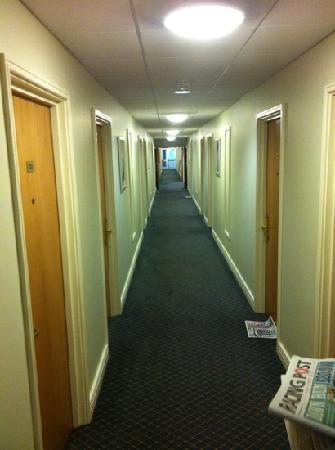 Sedgebrook Hall: hotel room corridor