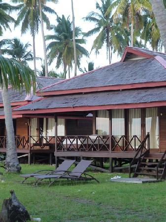 Maratua Atoll, Indonesia: Bungalow von Aussen
