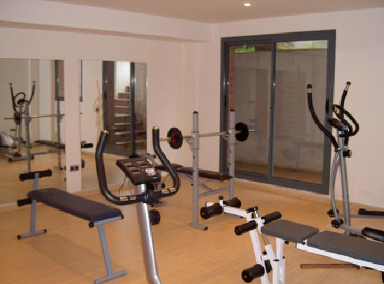 SG Group Barcelona Apartments: Gym