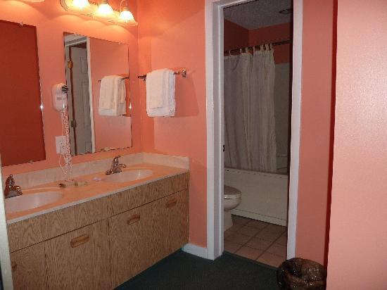 Peppertree Resort: Bathroom