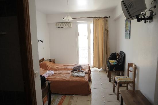 Athina Hotel: chambre