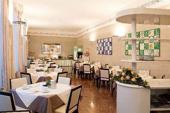 Hotel San Pietro: Sala colazioni