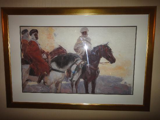 Royal Hotel Oran - MGallery Collection: Les tableaux orientalistes partout..