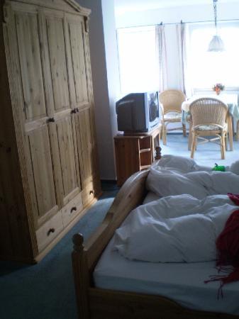 Hotel Villa Kefer: Comfy beds! Spacious room!