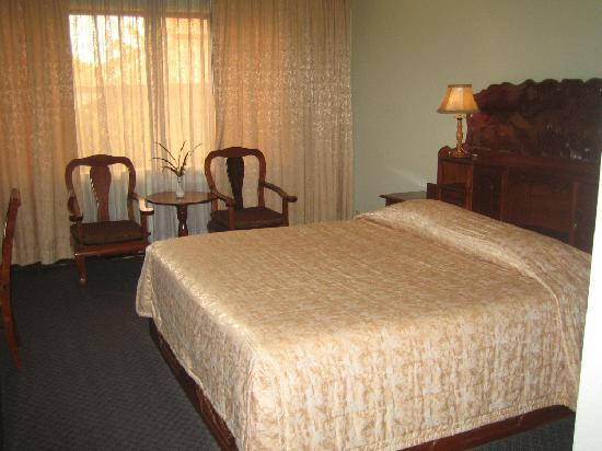 Angkor Hotel : chambre