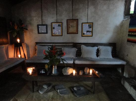 Hacienda San Lucas: lounging area