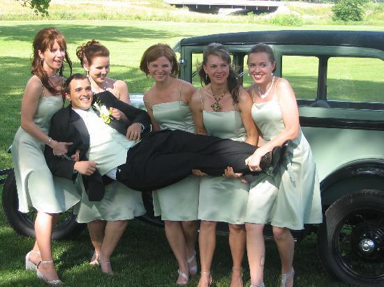 TimberCreek Bed & Breakfast: Fun Weddings