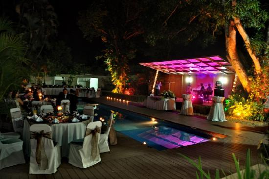 Hotel Contempo: Pool Events