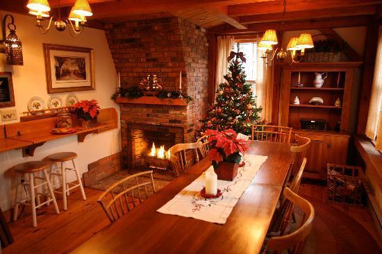 Seven Sea Street Inn : Breakfast Room/Lobby