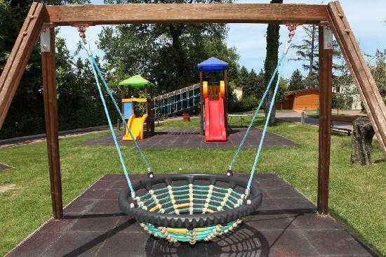Il parco giochi per i bambini - Picture of Parc Hotel Villa Immacolata, Pescara - TripAdvisor