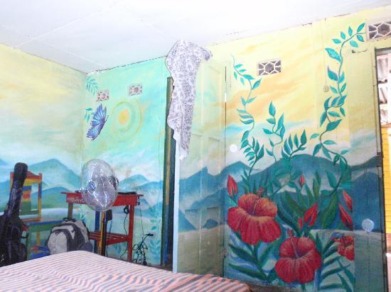 Moyogalpa, Nikaragua: Painting on our walls