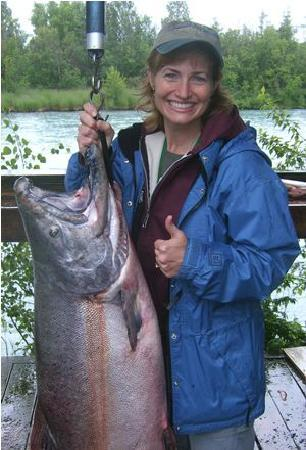 ‪‪Kenai Riverfront Resort‬: Catch the fish of a lifetime with Kenai Riverfront Resort!‬