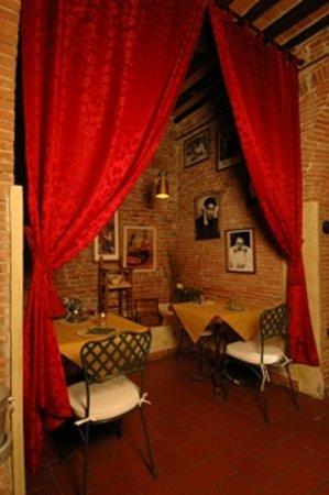 Osteria antica Cascina l'Apostoleta: sala