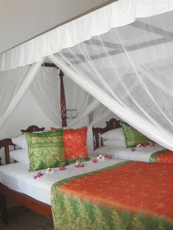 La Maison Nil Manel: chambre à notre arrivée
