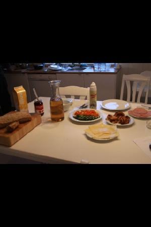 Vatnsholt: breakfast