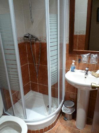 Hostal Gran Duque: il bagno