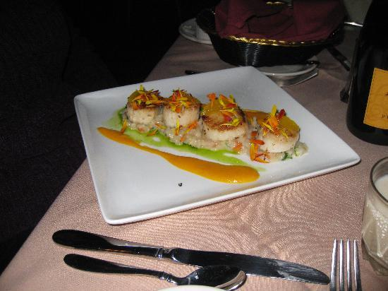 West Dover Inn: Scallops