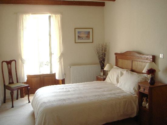 Sainte-Meme, France : Double room
