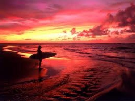 Rutan Surf Cabinas: Sunsets