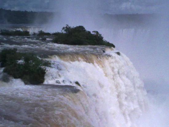 Iguazu Falls: Cataratas Foz do Iguazu