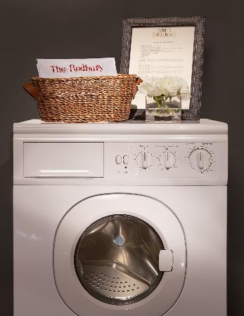 The Redbury Hollywood: All Flats have Washer/Dryers