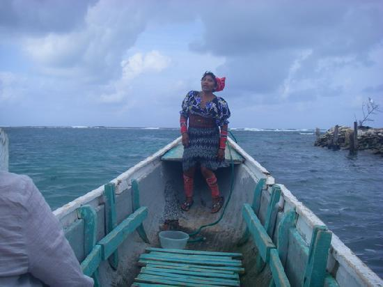 Dolphin Lodge Uaguinega: 従業員の女性