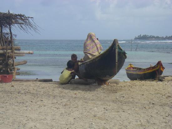 Dolphin Lodge Uaguinega: コミュニティにて