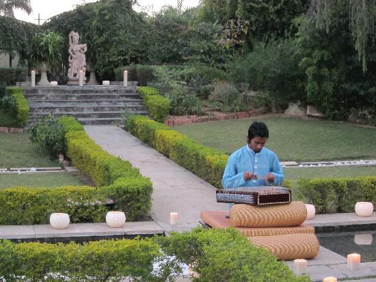 Rambagh Palace: Evening music