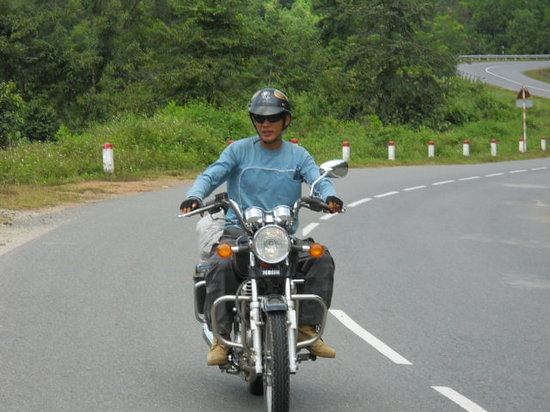 Hue Freedom Riders - Day Tour: on the road