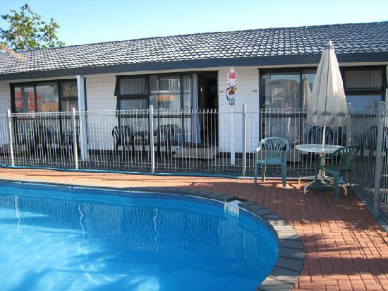 Mana-Nui Motel: Pool