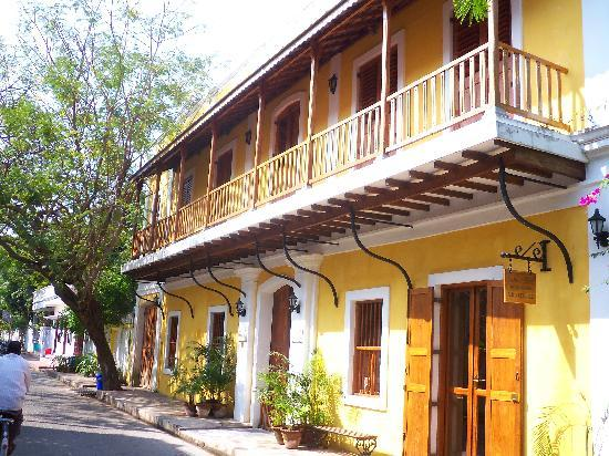 Gratitude, a Heritage Home : hotel entrance