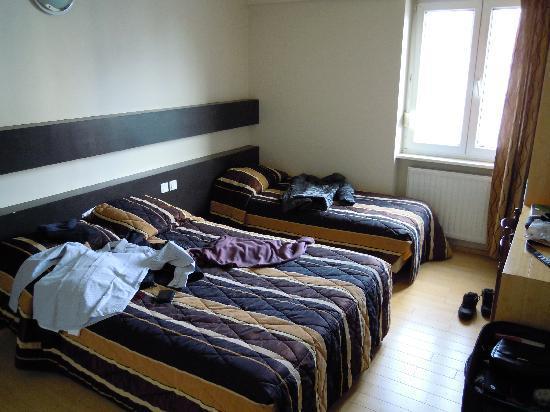 Esplanade Hotel : Inside the room