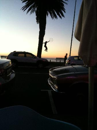 TUSCANY BEACH RESTAURANT: Dinnershow Camps Bay