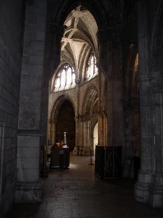 Sé de Lisboa ( Igreja de Santa Maria Maior ): Das Innere der Se