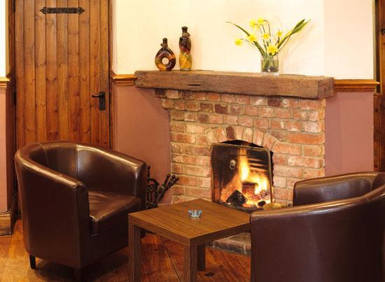 The White Hart Inn: Lounge