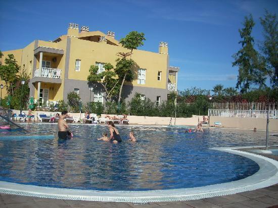 Compostela Beach Golf Club: pool view 2