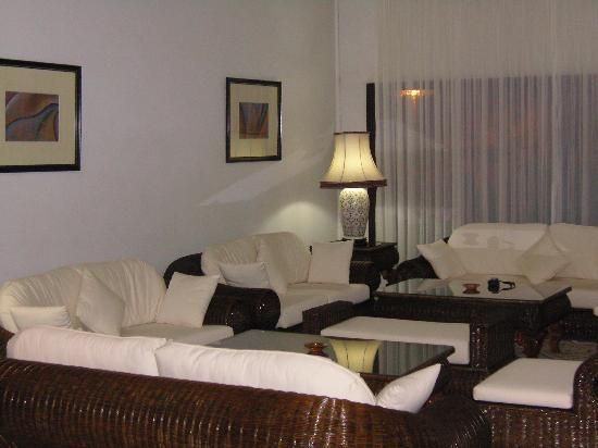 Hotel Kamal: lounge reception