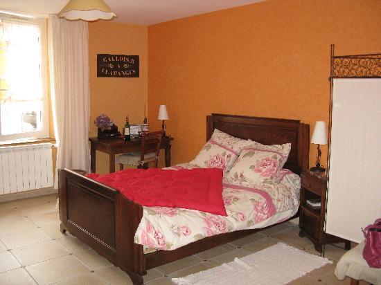 Au Pre du Moulin: Bedroom