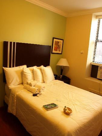Hotel 99: Double room